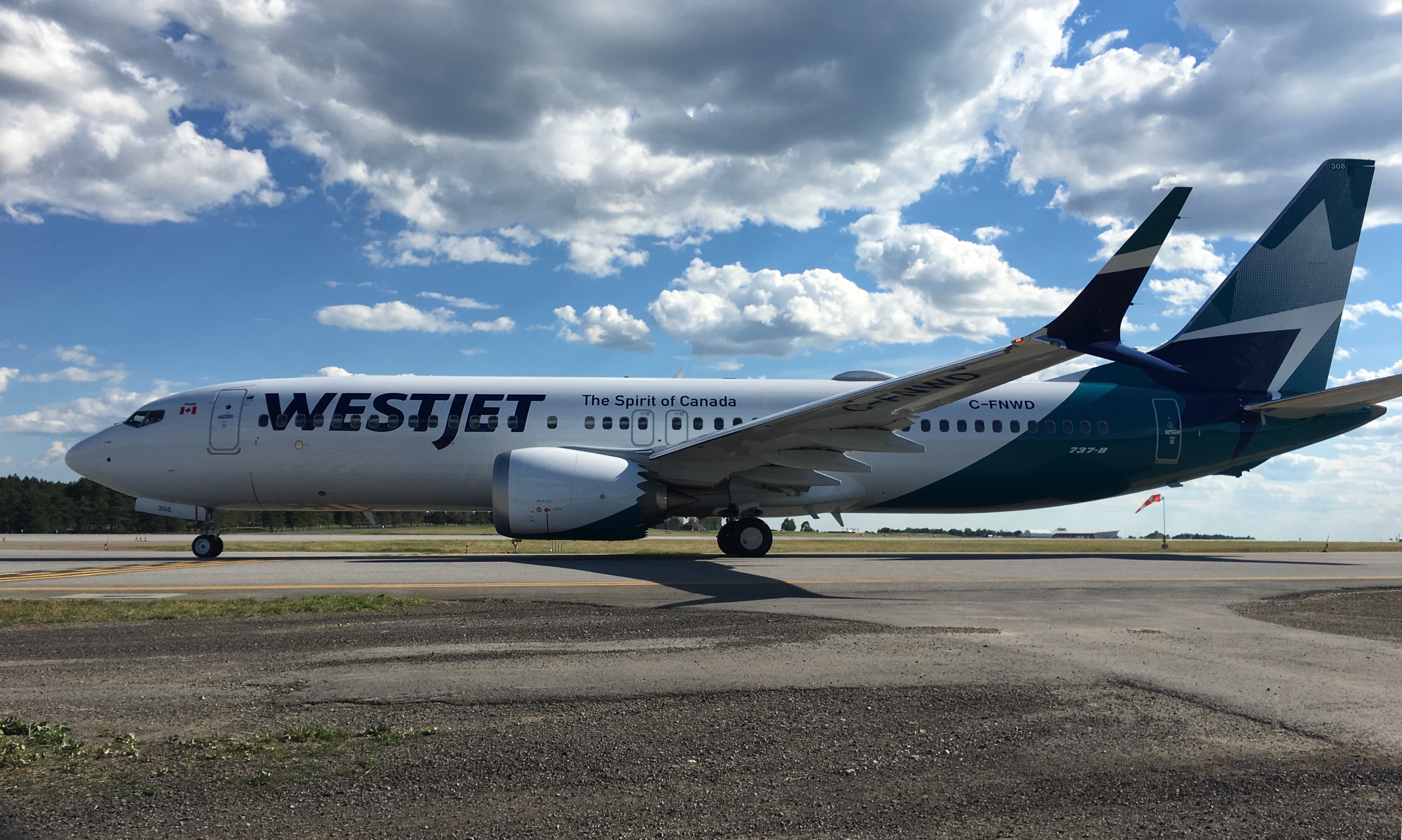 Resultado de imagen para westjet airlines new livery