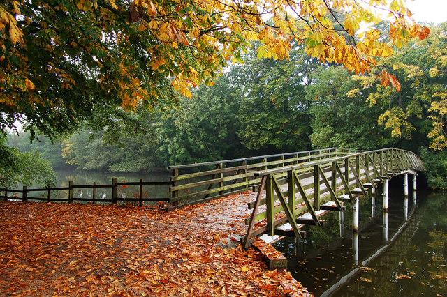 White Bridge, Hartsholme Country Park, Lincoln - geograph.org.uk - 622212