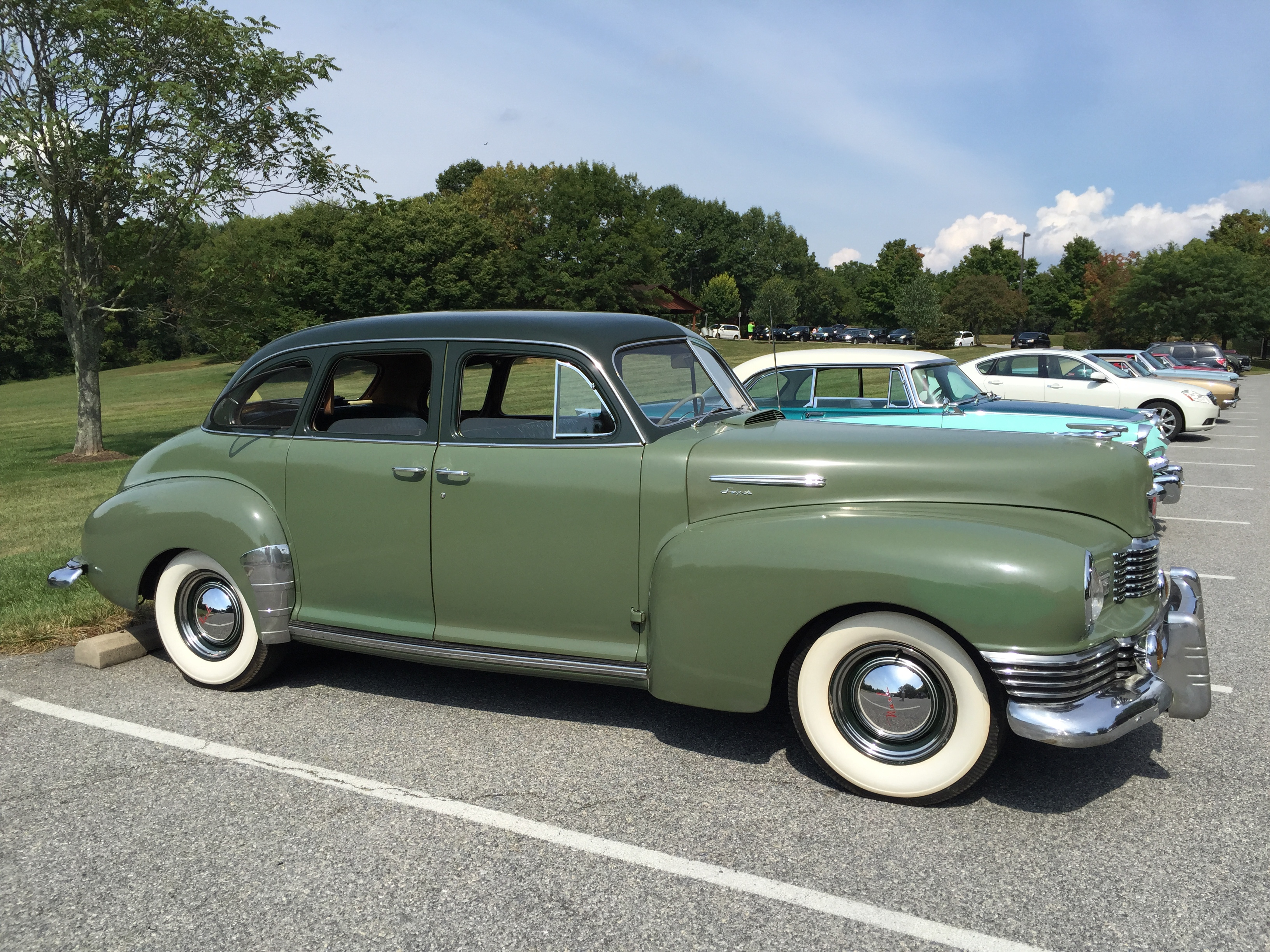 File 1948 Nash Ambassador Super Sedan Two Tone Green