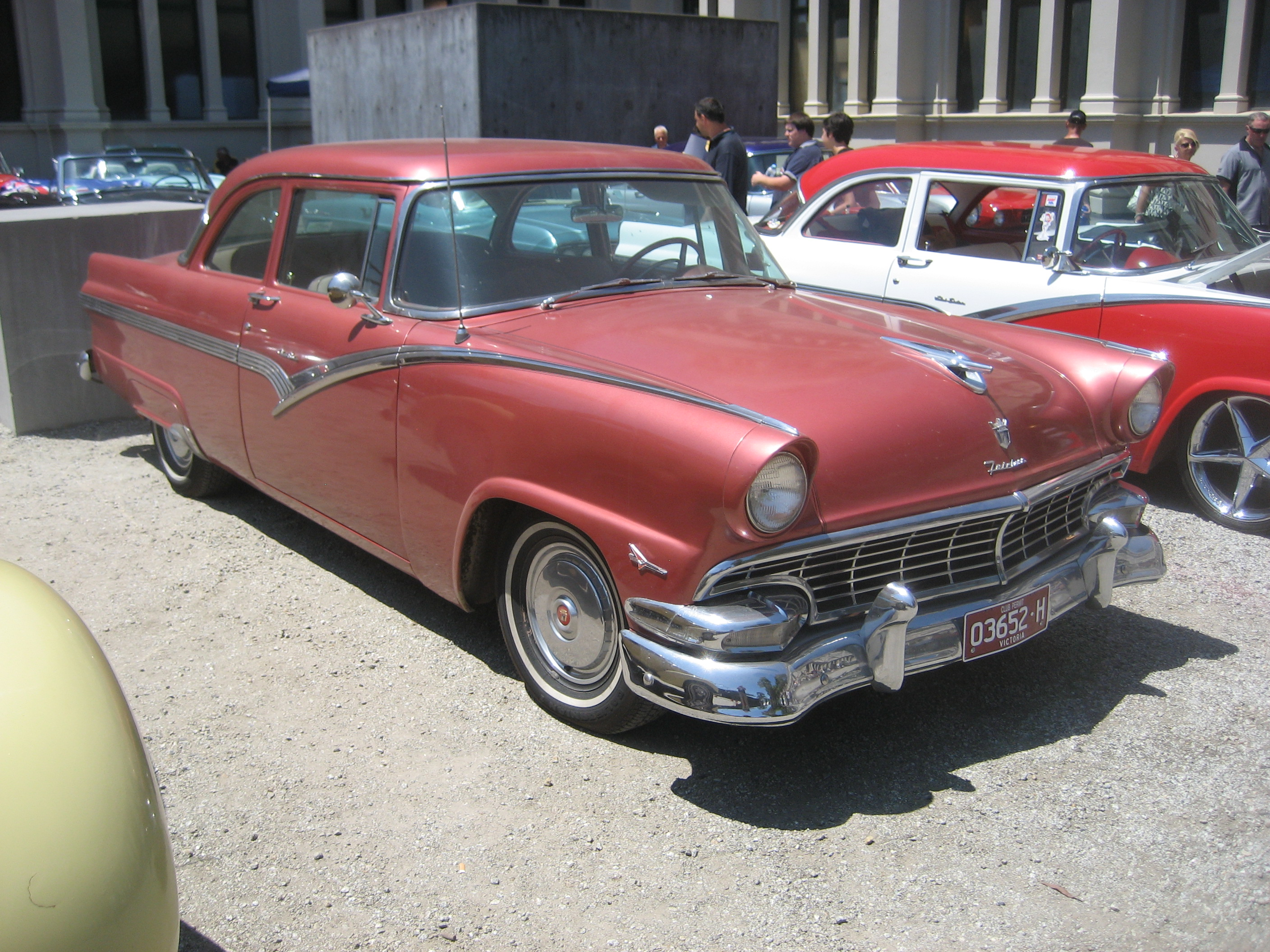 File 1956 Ford Fairlane Coupe Jpg Wikimedia Commons