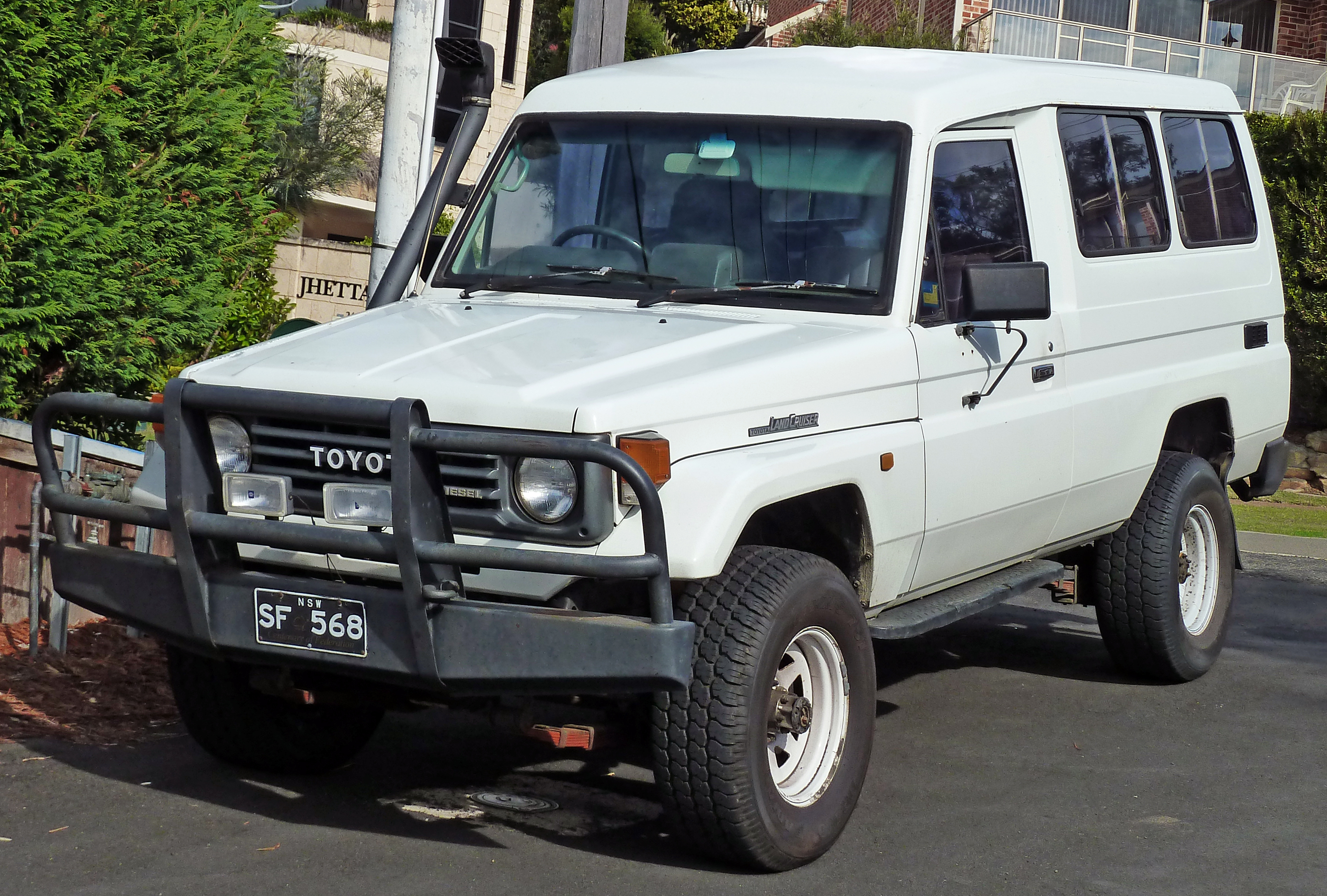 file 1991 toyota land cruiser hzj75rv 3 door wagon 2010. Black Bedroom Furniture Sets. Home Design Ideas