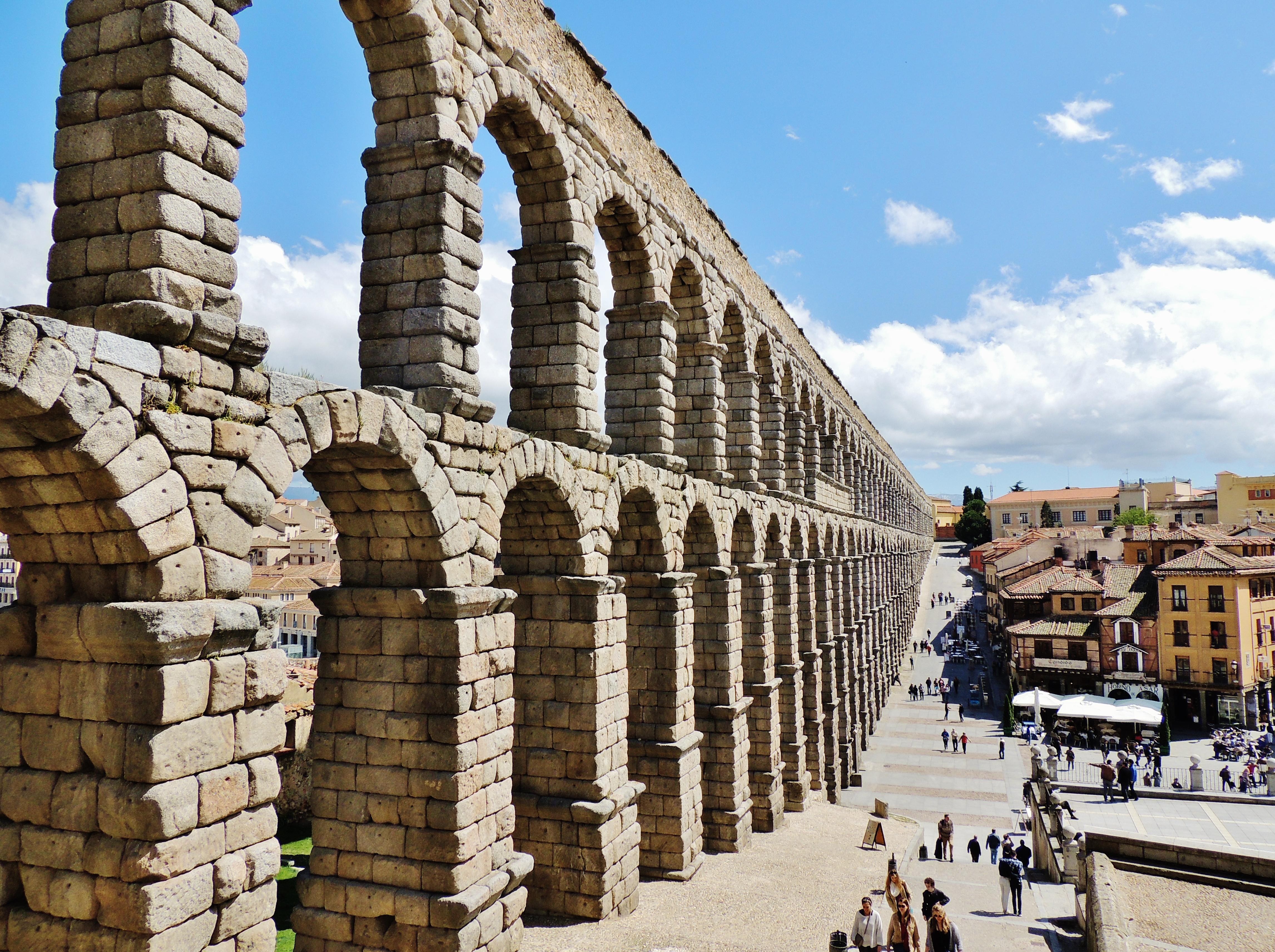 File:Aqueduct of Segovia, Segovia, Spain, April 2015.jpg ...