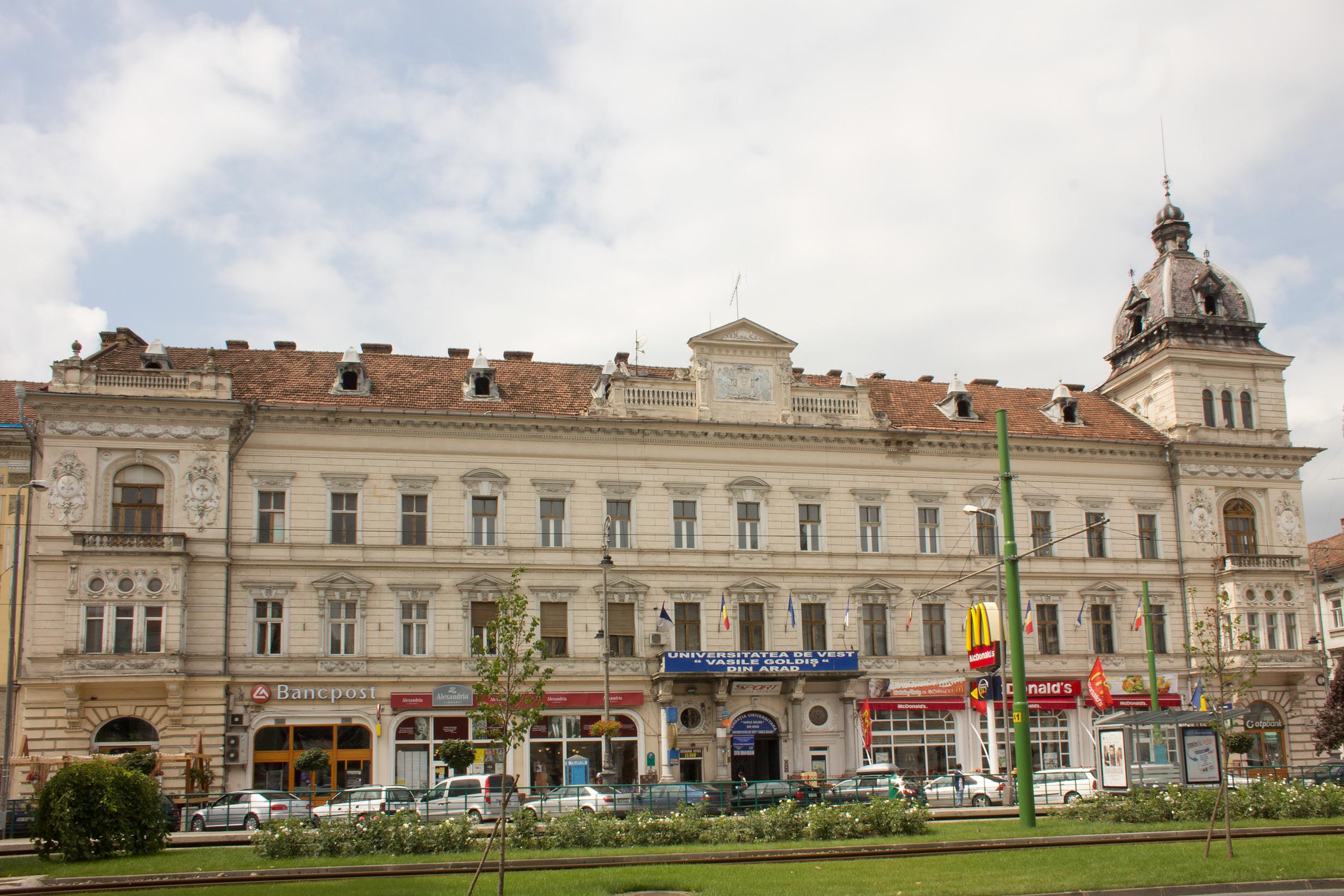 Arad Rumänien file arad vasile goldis universität 3002 jpg wikimedia commons