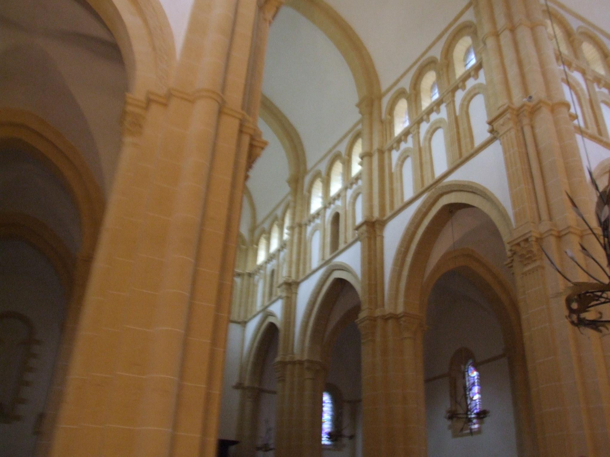 basilica of paray le monial wiki everipedia. Black Bedroom Furniture Sets. Home Design Ideas