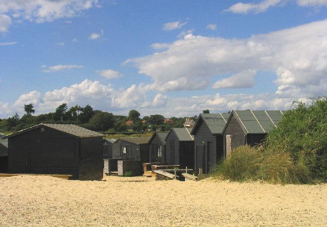 Beach Huts, Walberswick, Suffolk - geograph.org.uk - 44605