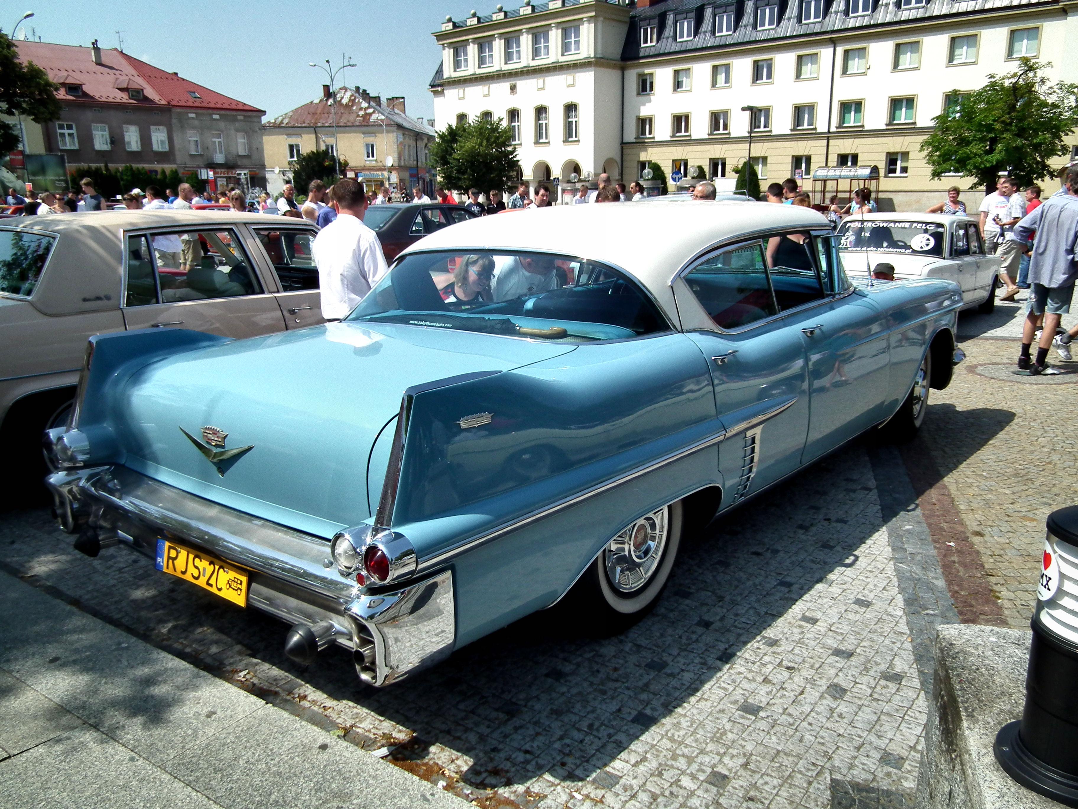 File Cadillac 1957 Jasło Jpg Wikimedia Commons