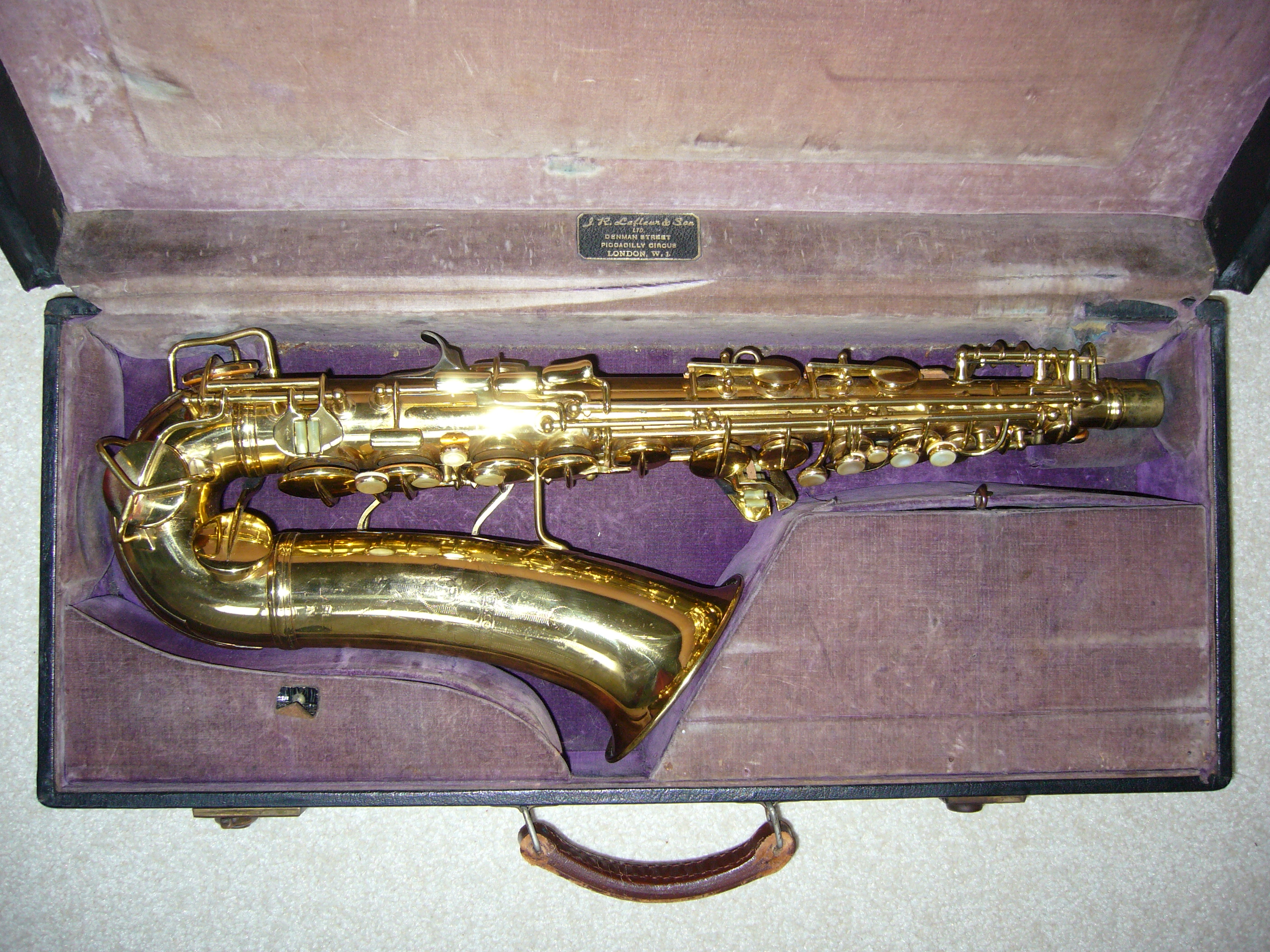 dating conn saxophones for sale