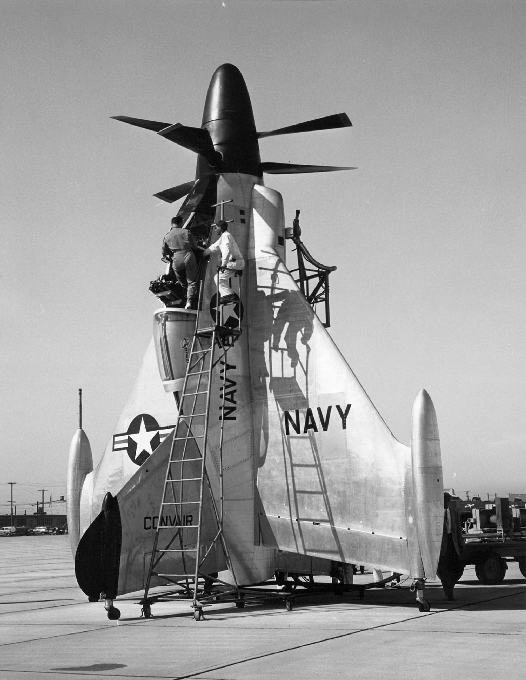Convair_XYF-1_Pogo