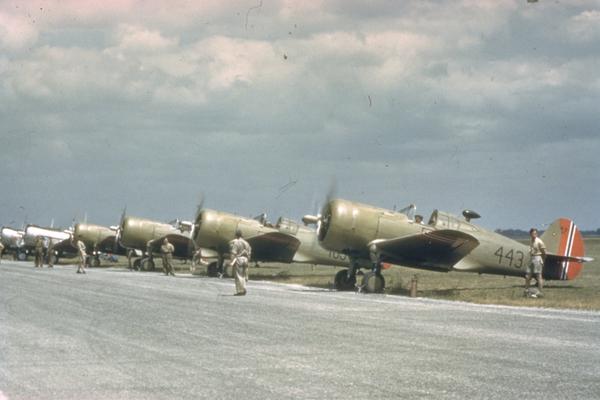 Curtiss_og_douglas_fly_LittleNorwayCC0.j