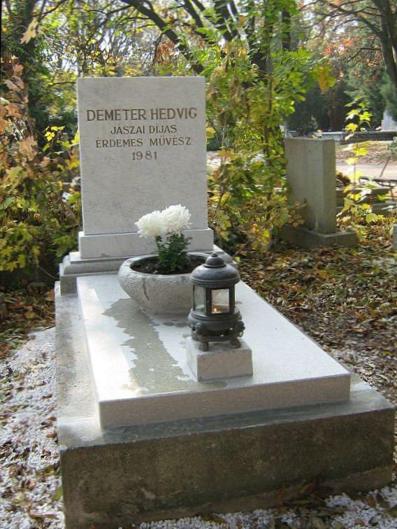 File:Demeter Hedvig sírja.jpg - Wikimedia Commons