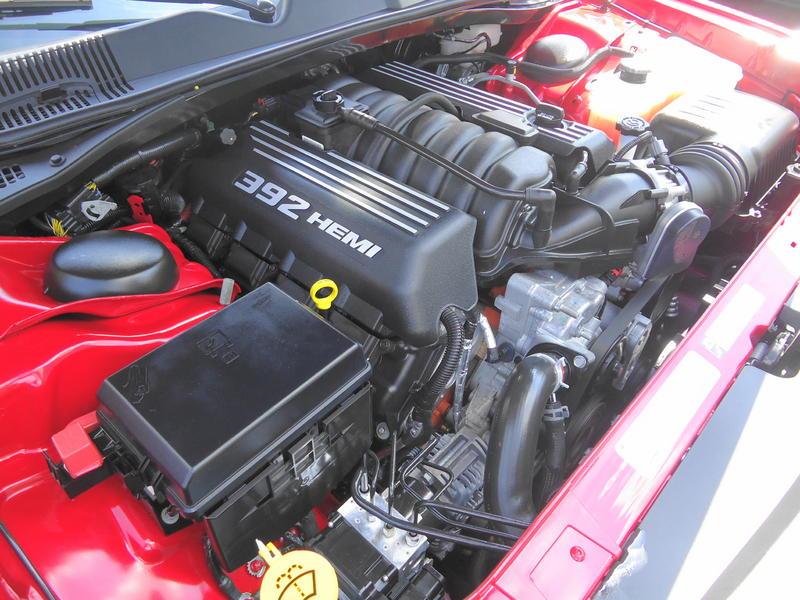 File Dodge Challenger Srt 8 2011 6 4l 392 Hemi V8