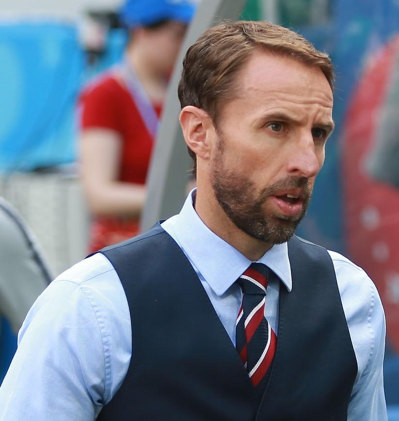 ギャレス サウス ゲイト ウイイレ EURO2020での躍進とともに…イングランドとデンマークでサッカーソング流行