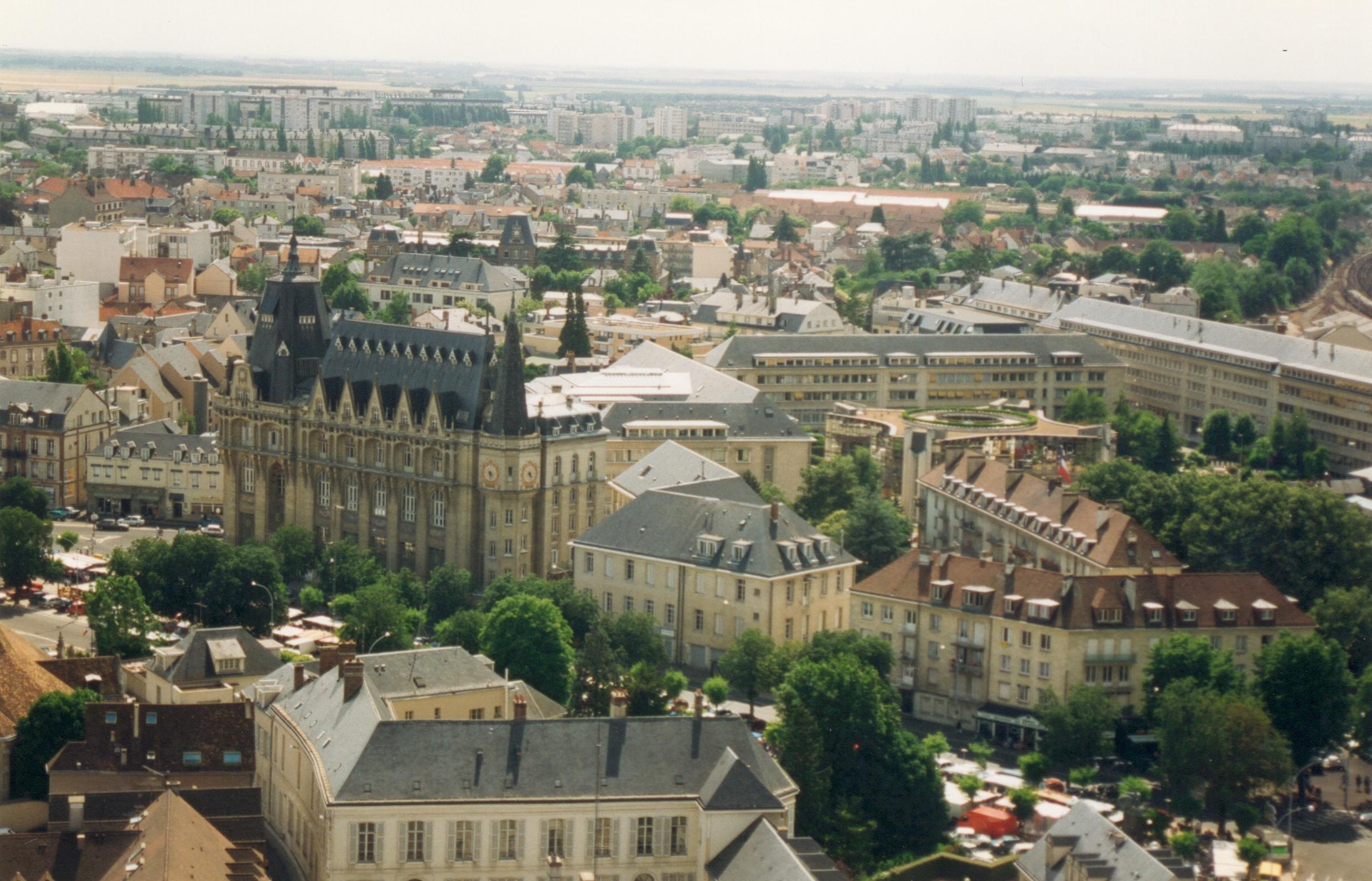 Cholet Hotel De Ville