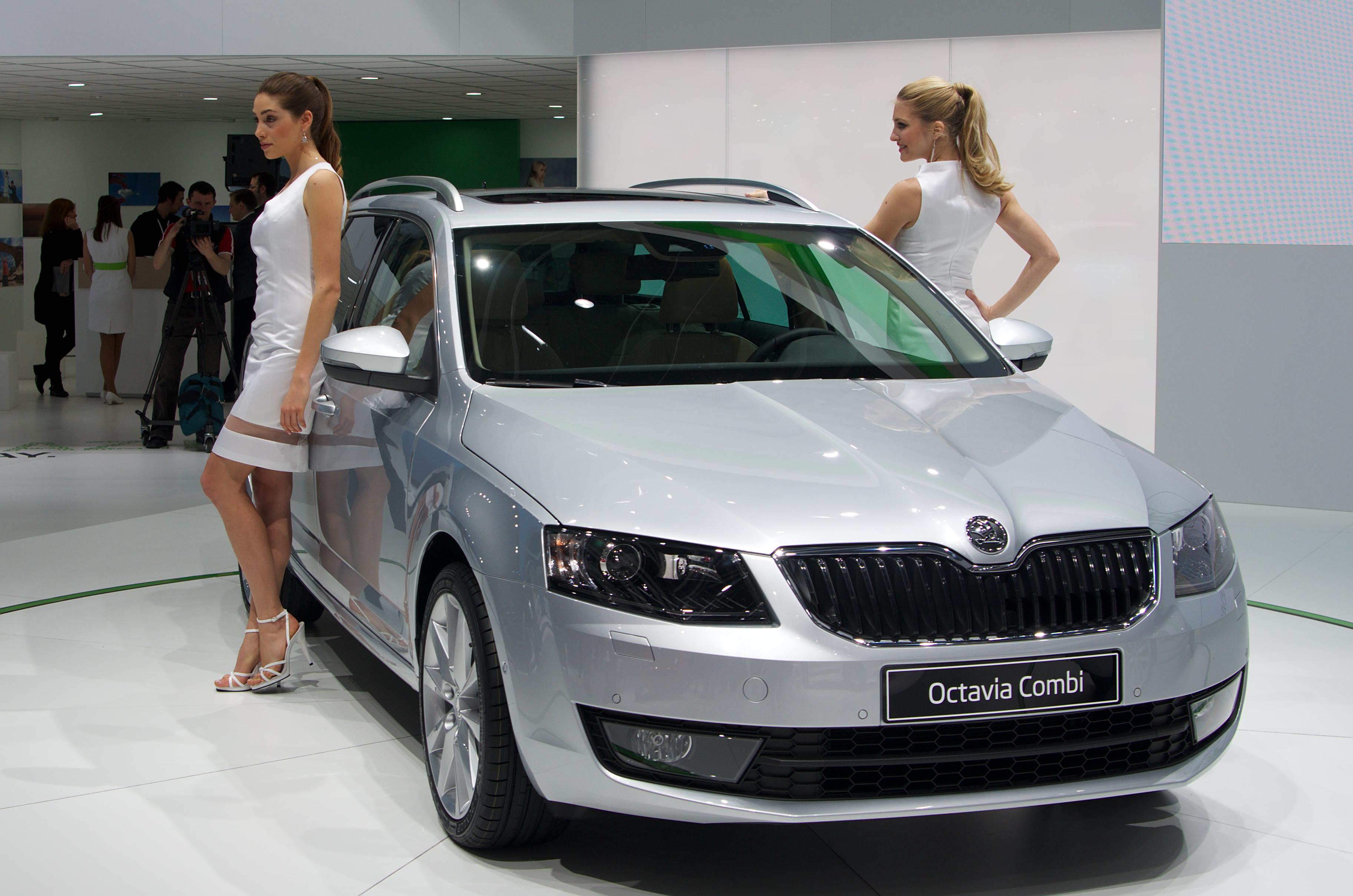 File:Geneva MotorShow 2013 - Skoda Octavia Combi grey.jpg ...