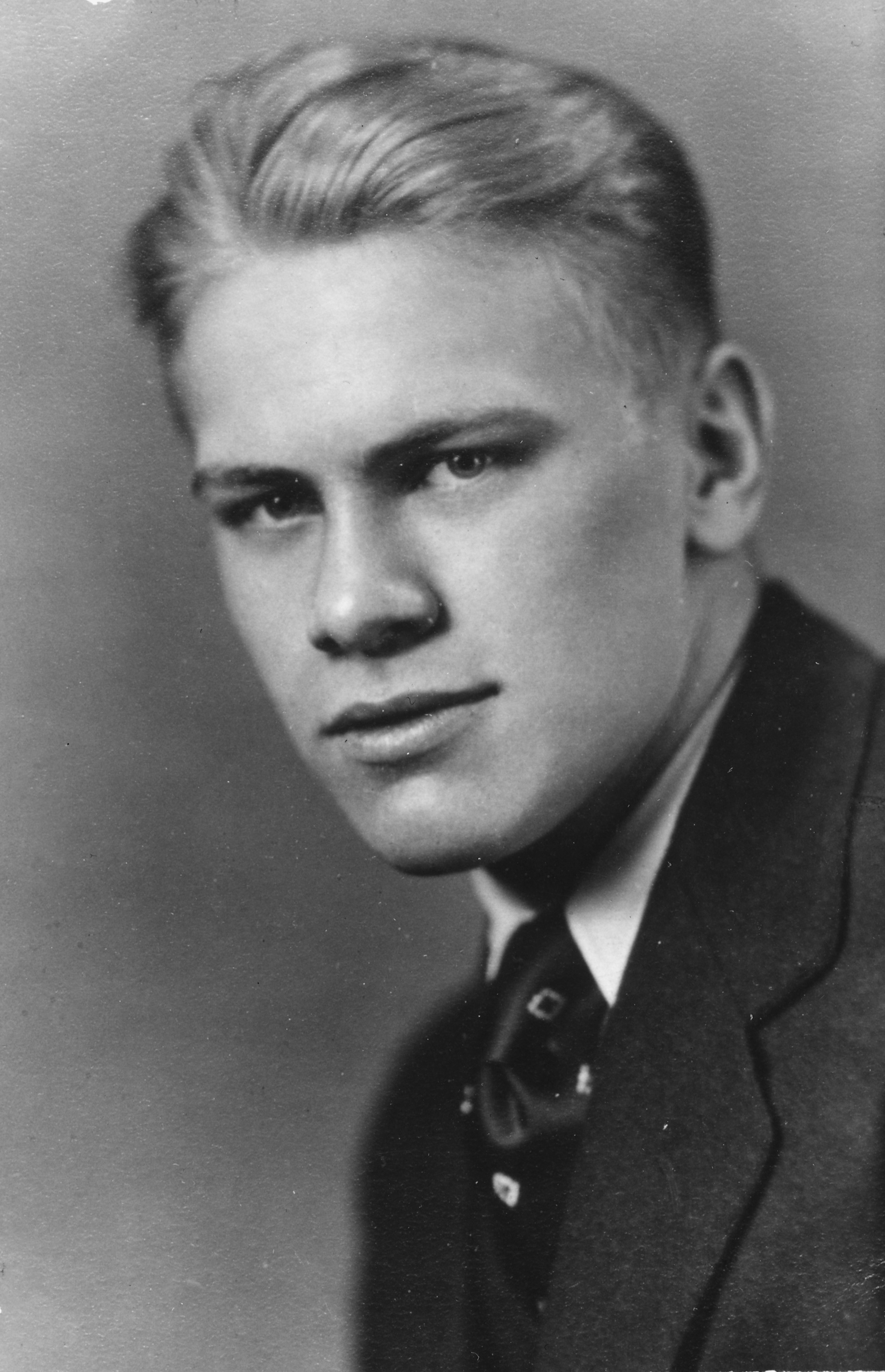 File Gerald Ford Hs Graduation Portrait 1931 Jpg