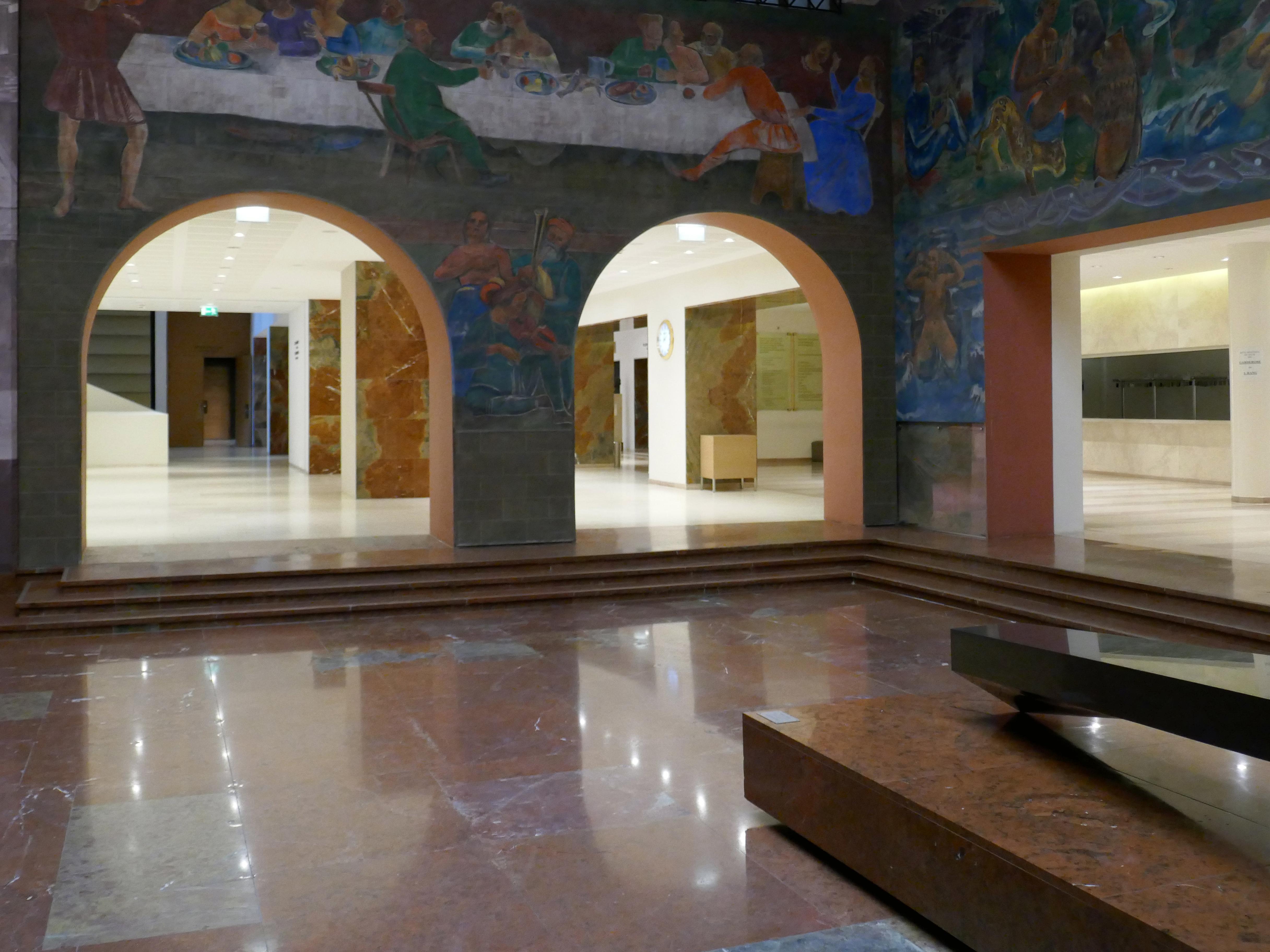 File:Haus für Mozart, Salzburg - Faistauer-Foyer (8).jpg - Wikimedia ...