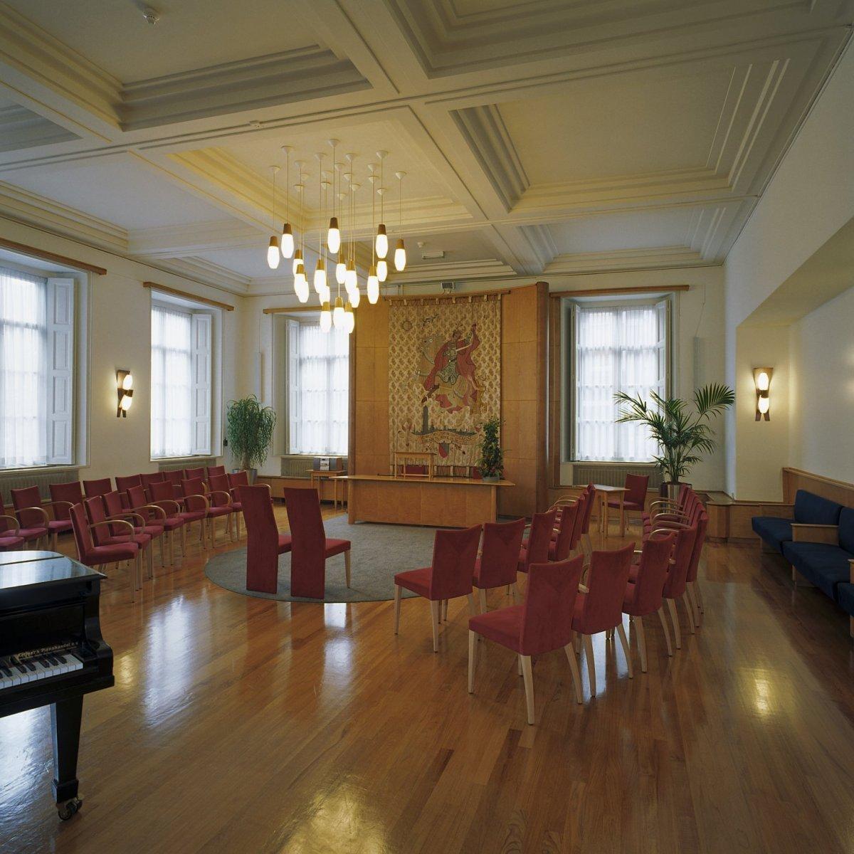 File interieur overzicht van de grote trouwzaal utrecht for Interieur utrecht