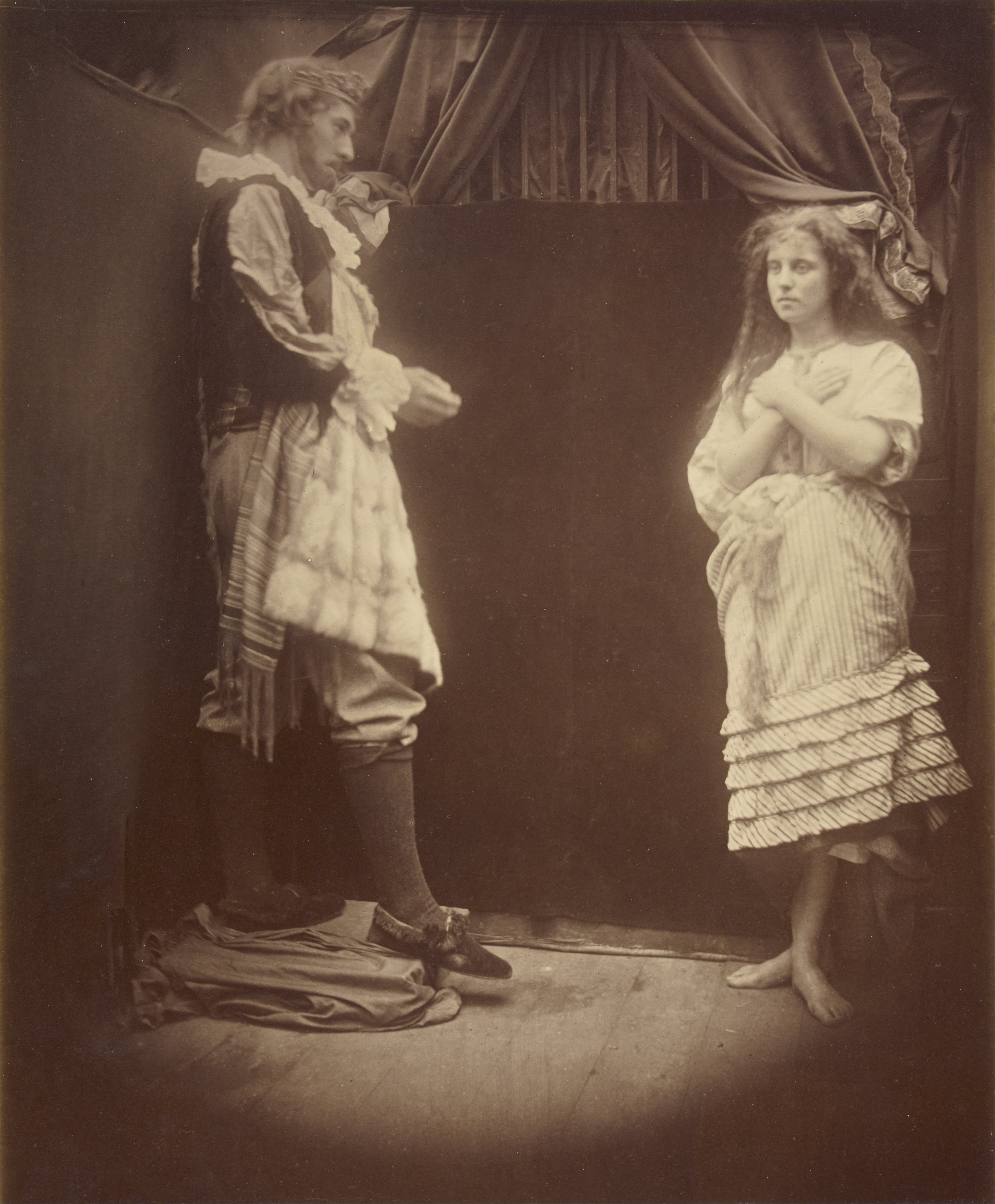 https://upload.wikimedia.org/wikipedia/commons/f/f2/Julia_Margaret_Cameron_%28British%2C_born_India_-_King_Cophetua_and_the_Beggar_Maid_-_Google_Art_Project.jpg