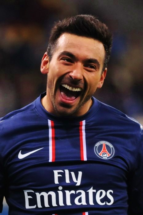 The 33-year old son of father (?) and mother(?) Ezequiel Lavezzi in 2018 photo. Ezequiel Lavezzi earned a  million dollar salary - leaving the net worth at 18 million in 2018