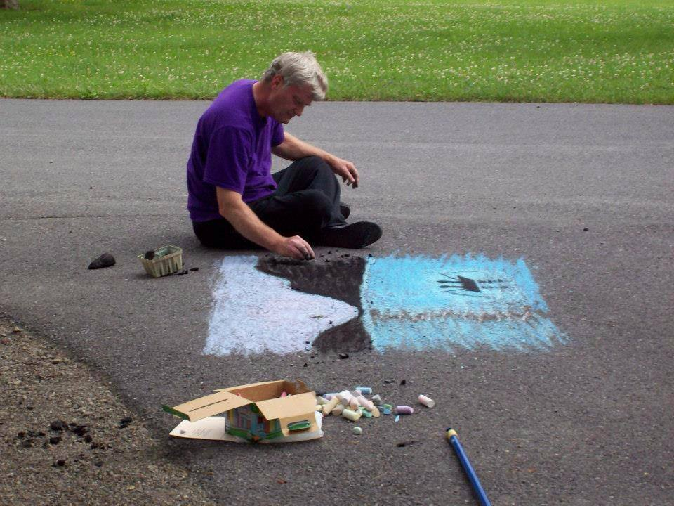 File Lake Visitors Showcase Their Artistic Talents