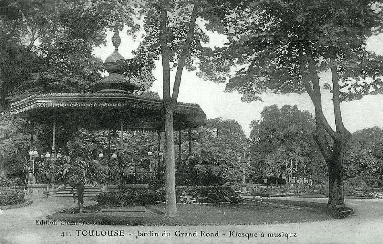 Fichier:Le kiosque à musique du jardin du Grand Rond de Toulouse en ...