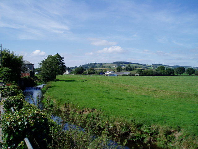Looking Beyond the River North of Colyton - geograph.org.uk - 1045071