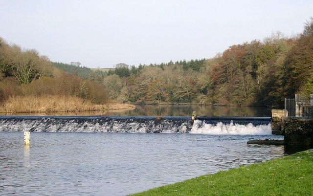 Lopwell Dam - geograph.org.uk - 84226