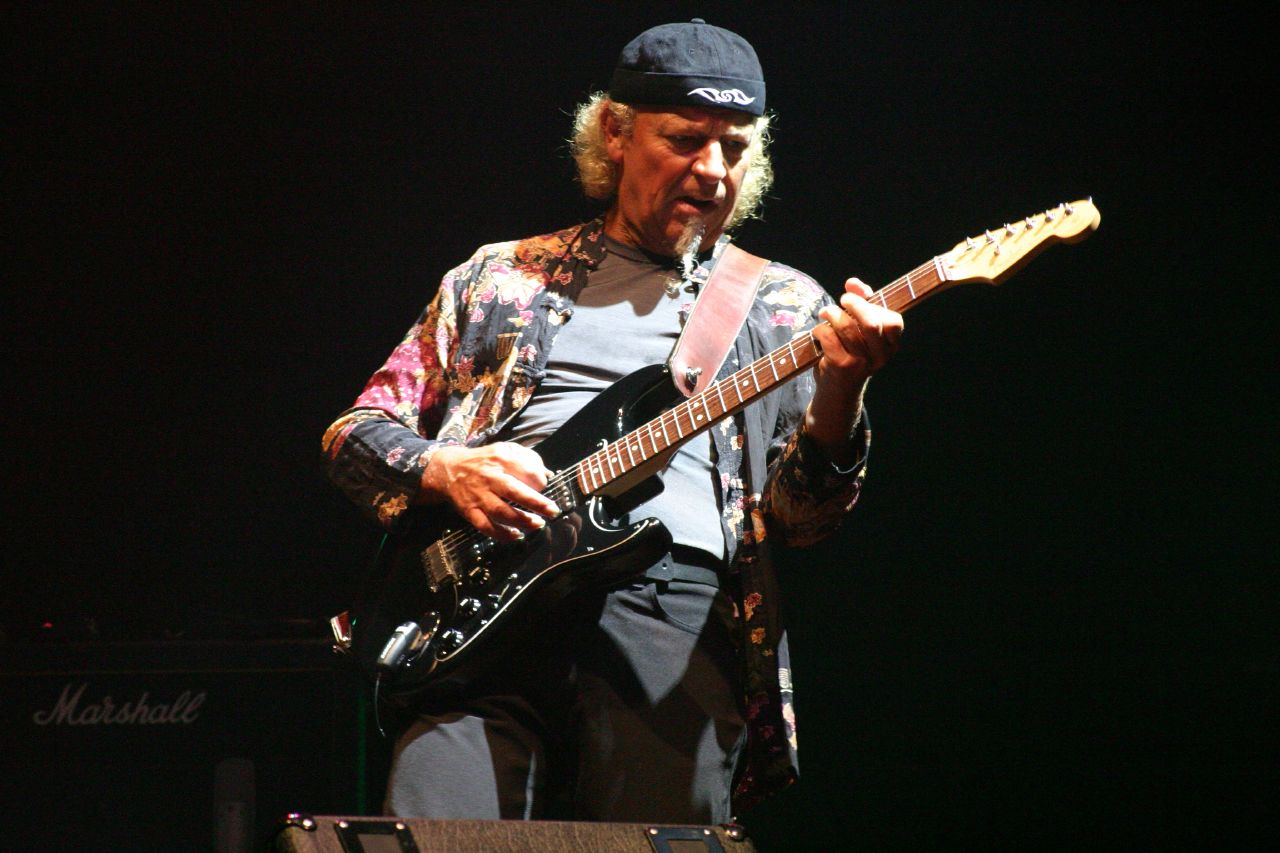 Martin Barre Martin Barre Wikipedia the free encyclopedia