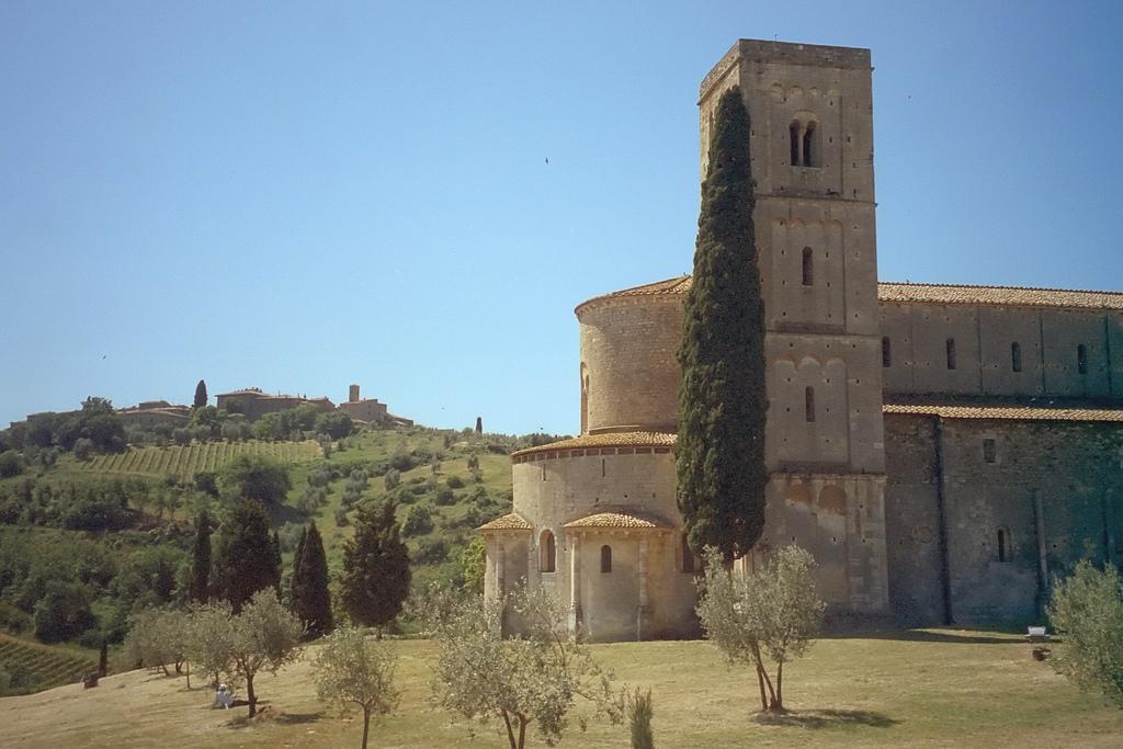 Montalcino, l'Abbazia di Sant'Antimo