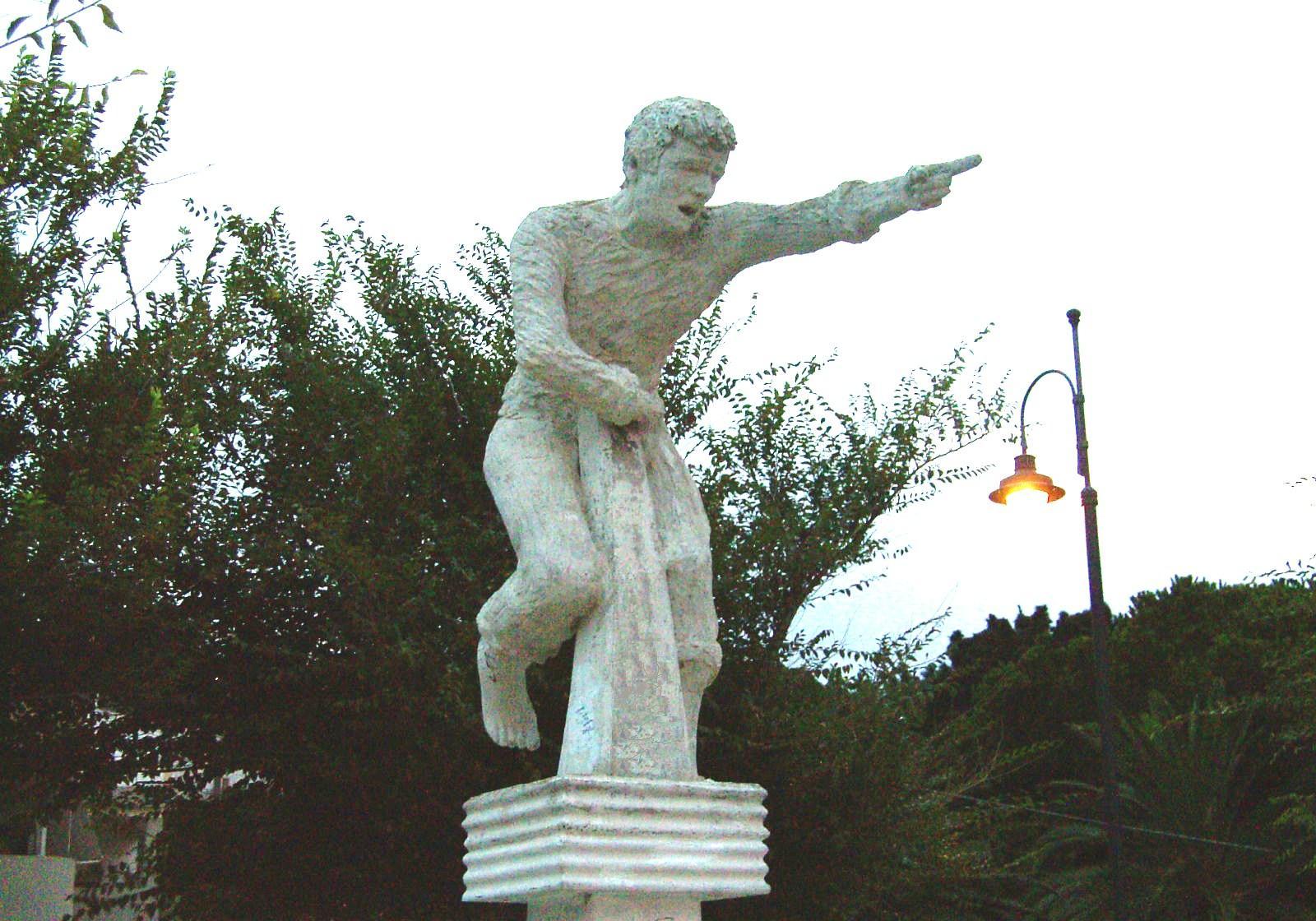 Monumento_pescespada.jpg