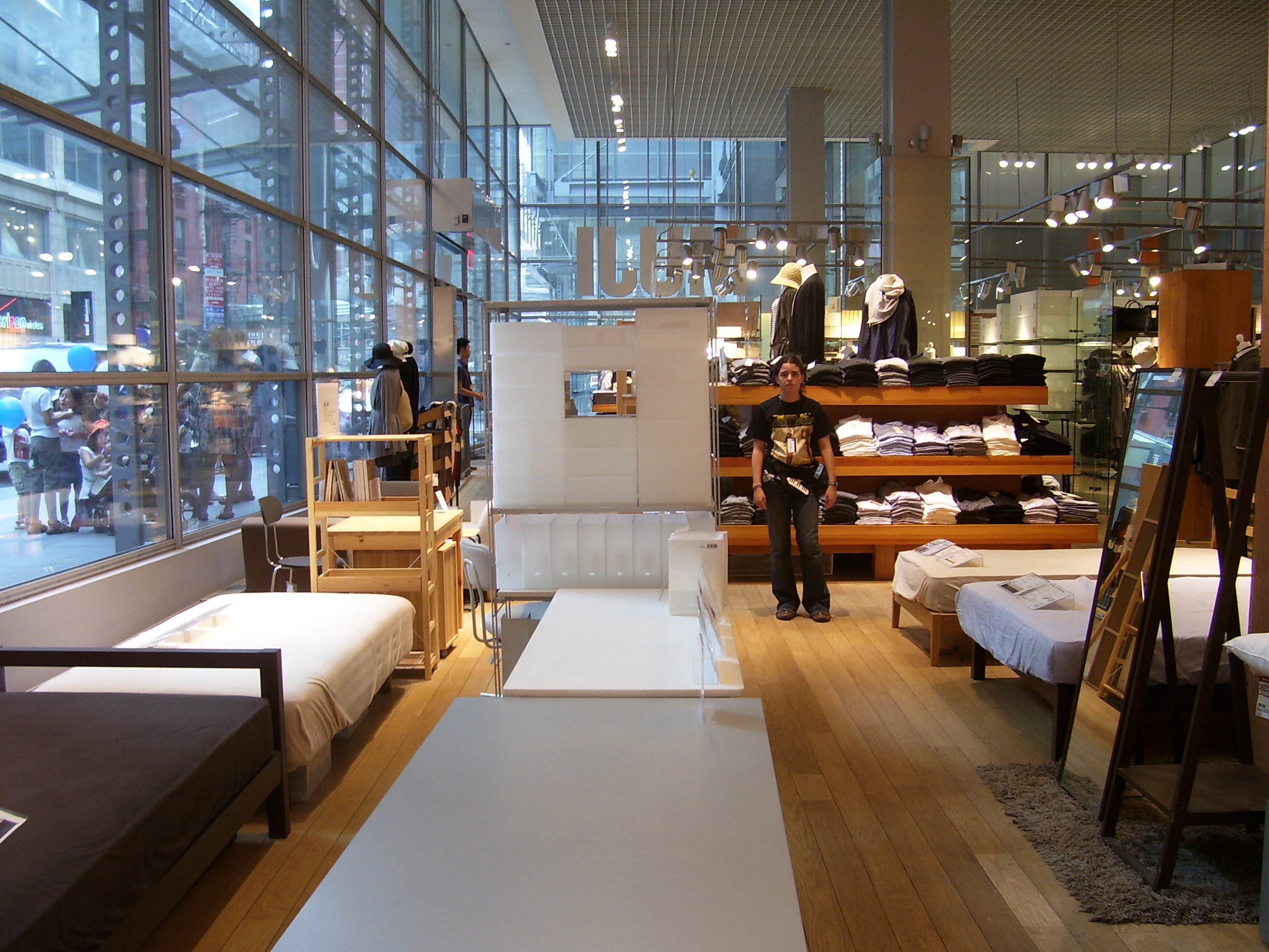 File muji nyc inside for Sofas in nyc