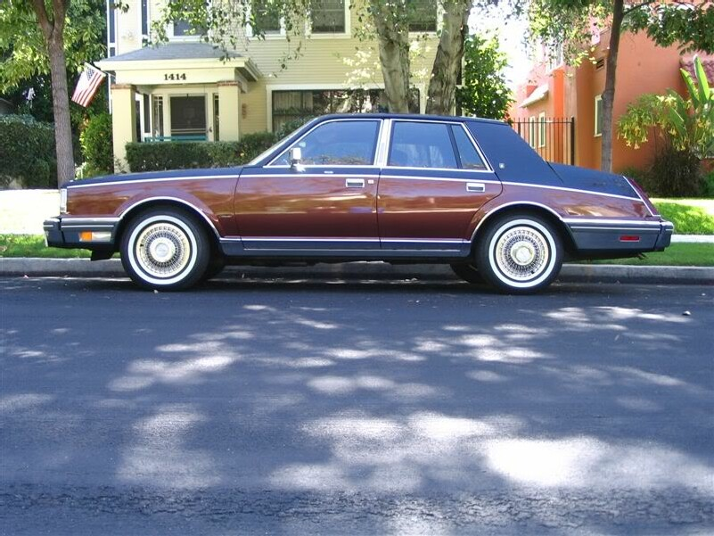 File:My 82 Lincoln Contiental Givenchy.jpg - Wikimedia Commons