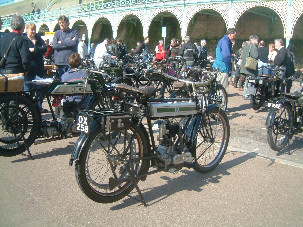 omurtlak53  old triumph motorcycles