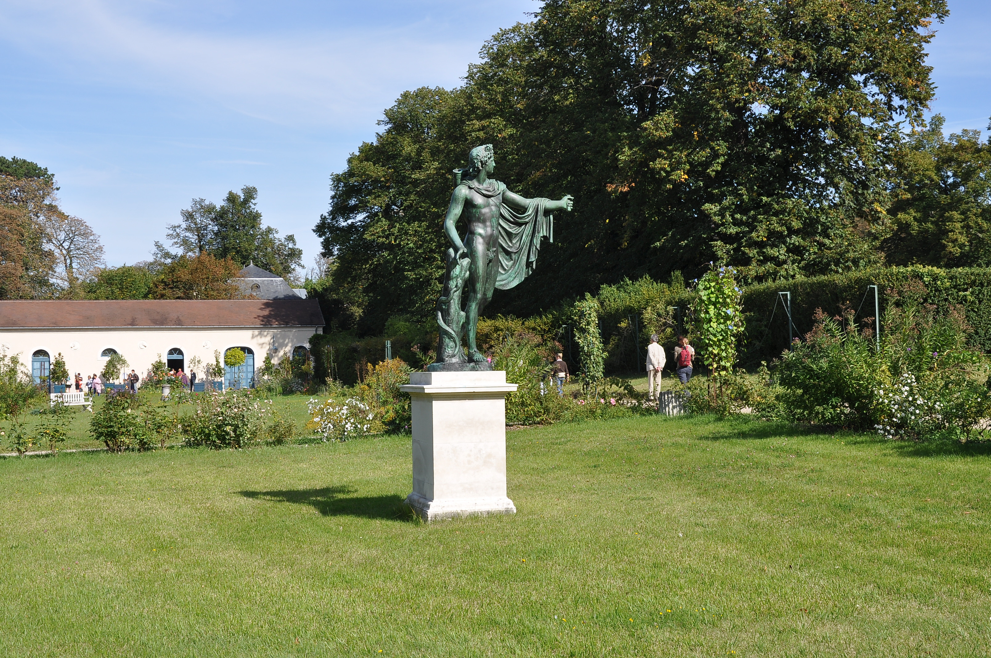 File parc du ch teau de la malmaison 002 jpg wikimedia commons - Parc de la malmaison ...