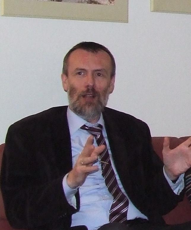 Paweł Zuchniewicz - biografia i twórczość