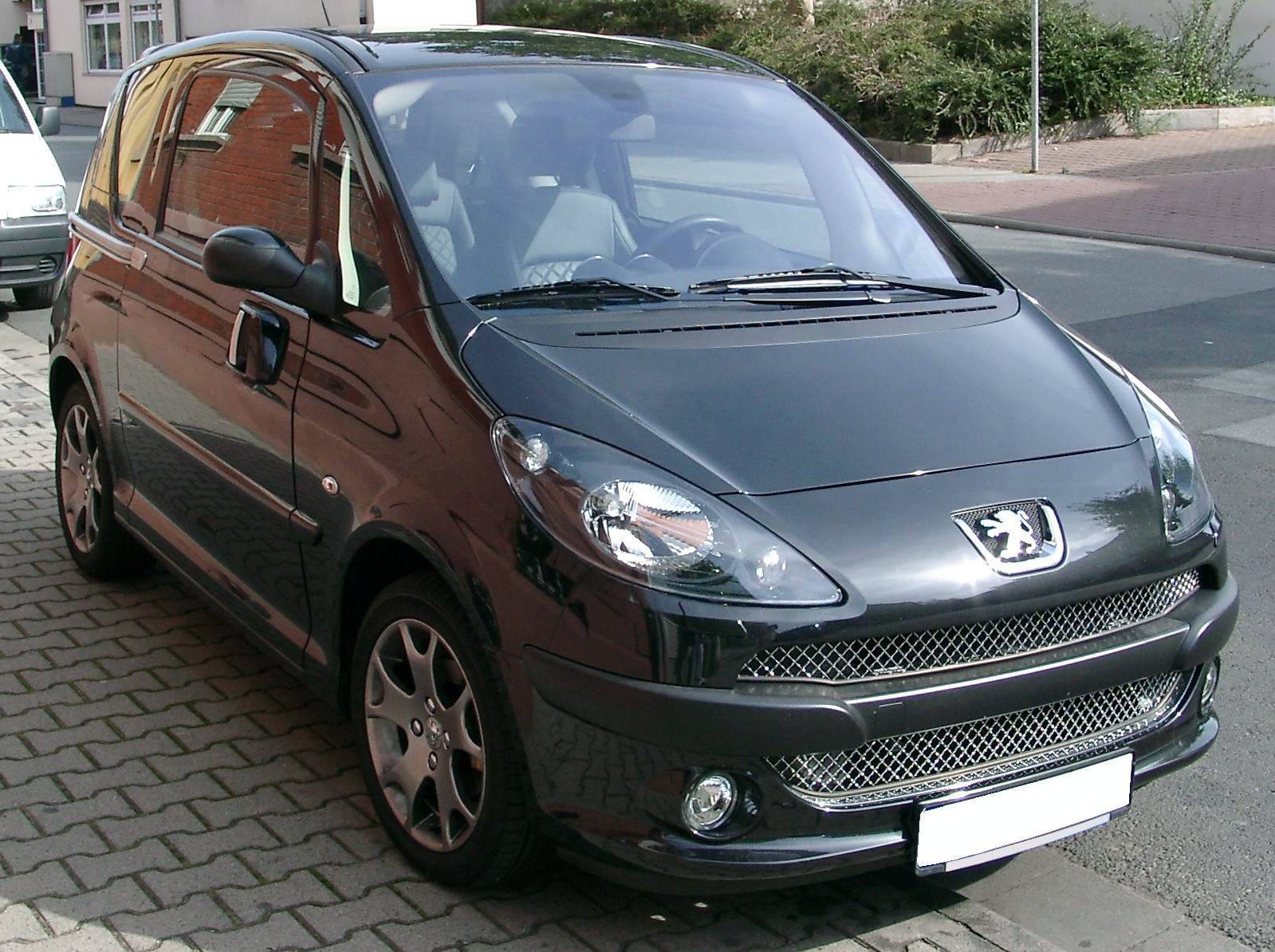 file peugeot 1007 front wikimedia commons. Black Bedroom Furniture Sets. Home Design Ideas