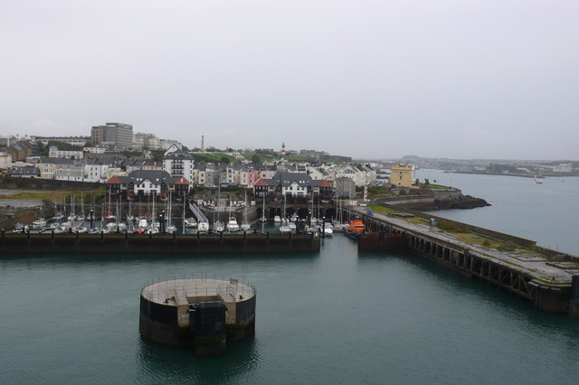 Plymouth harbour - geograph.org.uk - 678309
