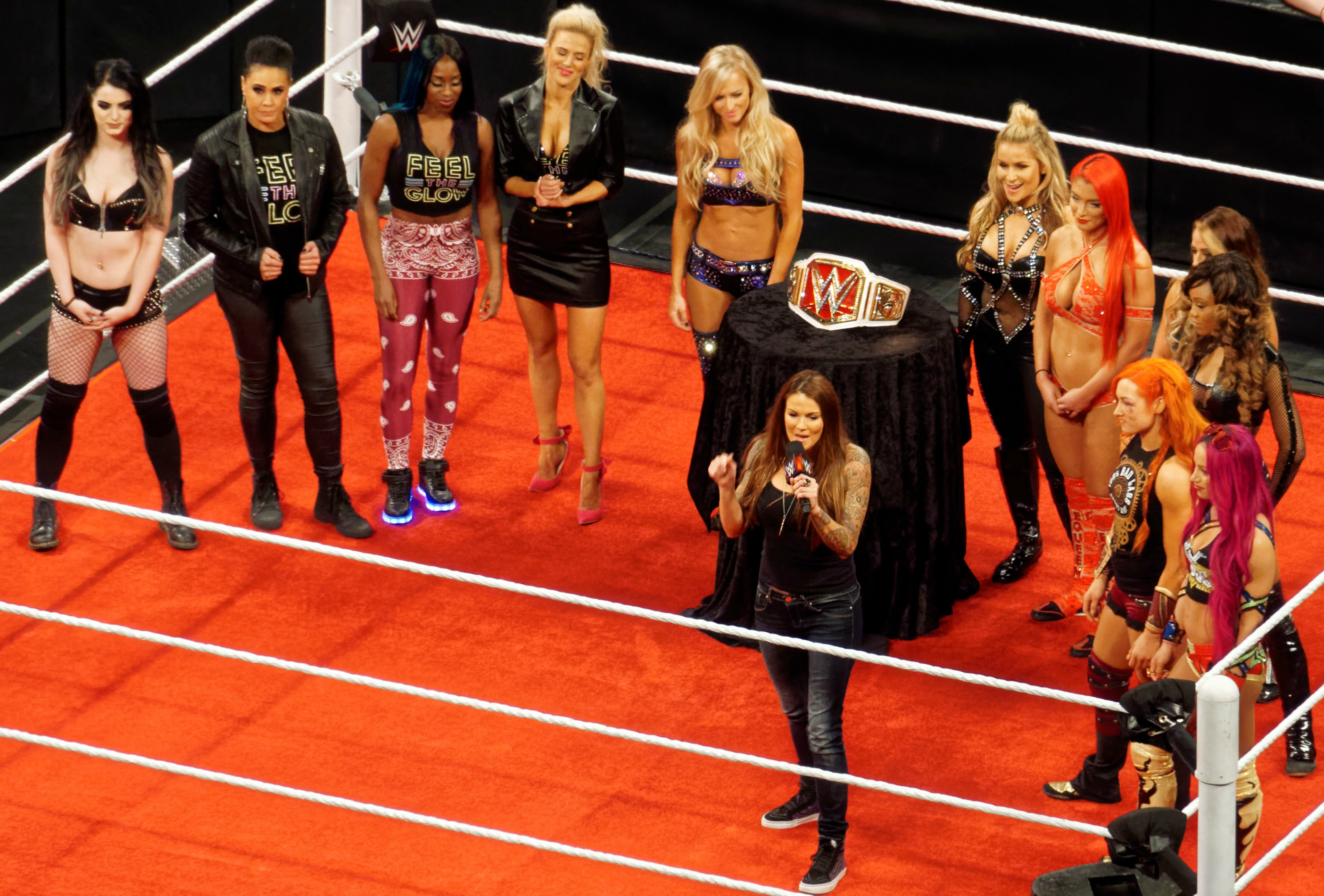 Women in WWE - Wikipedia