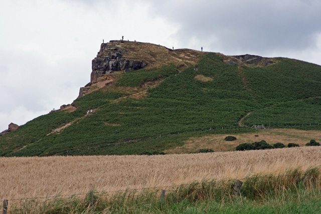 Roseberry Topping - geograph.org.uk - 925269