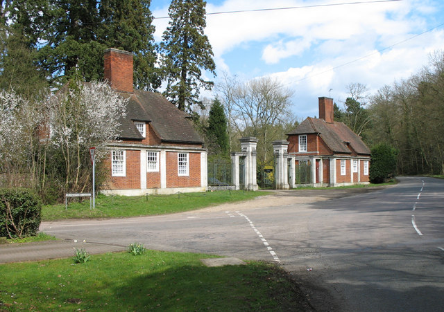 Rushmere Park - geograph.org.uk - 153854