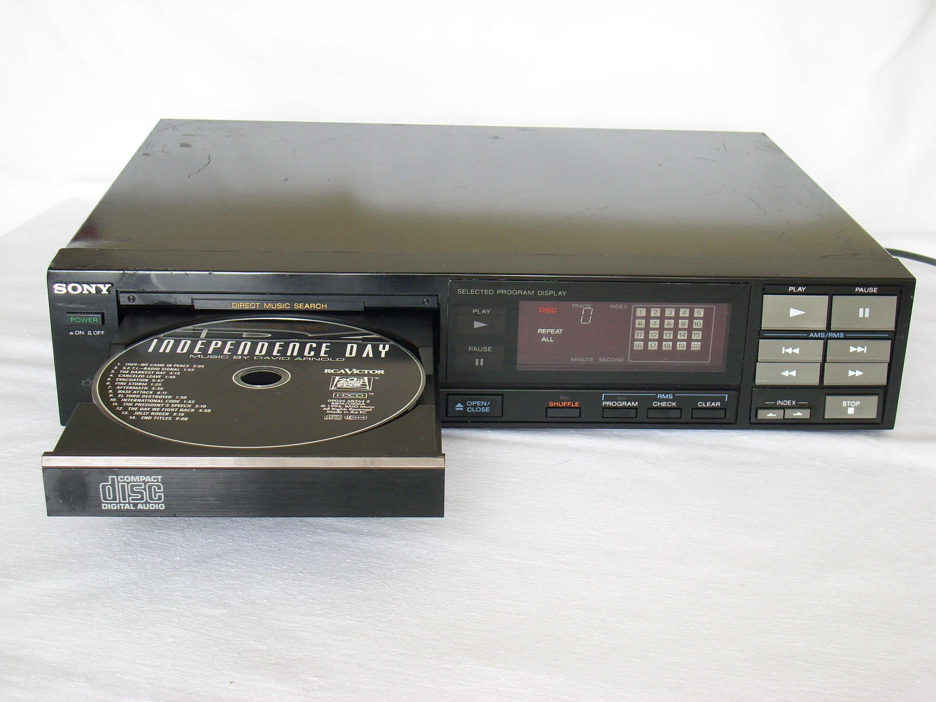 Cd Player With Iphone  Dock