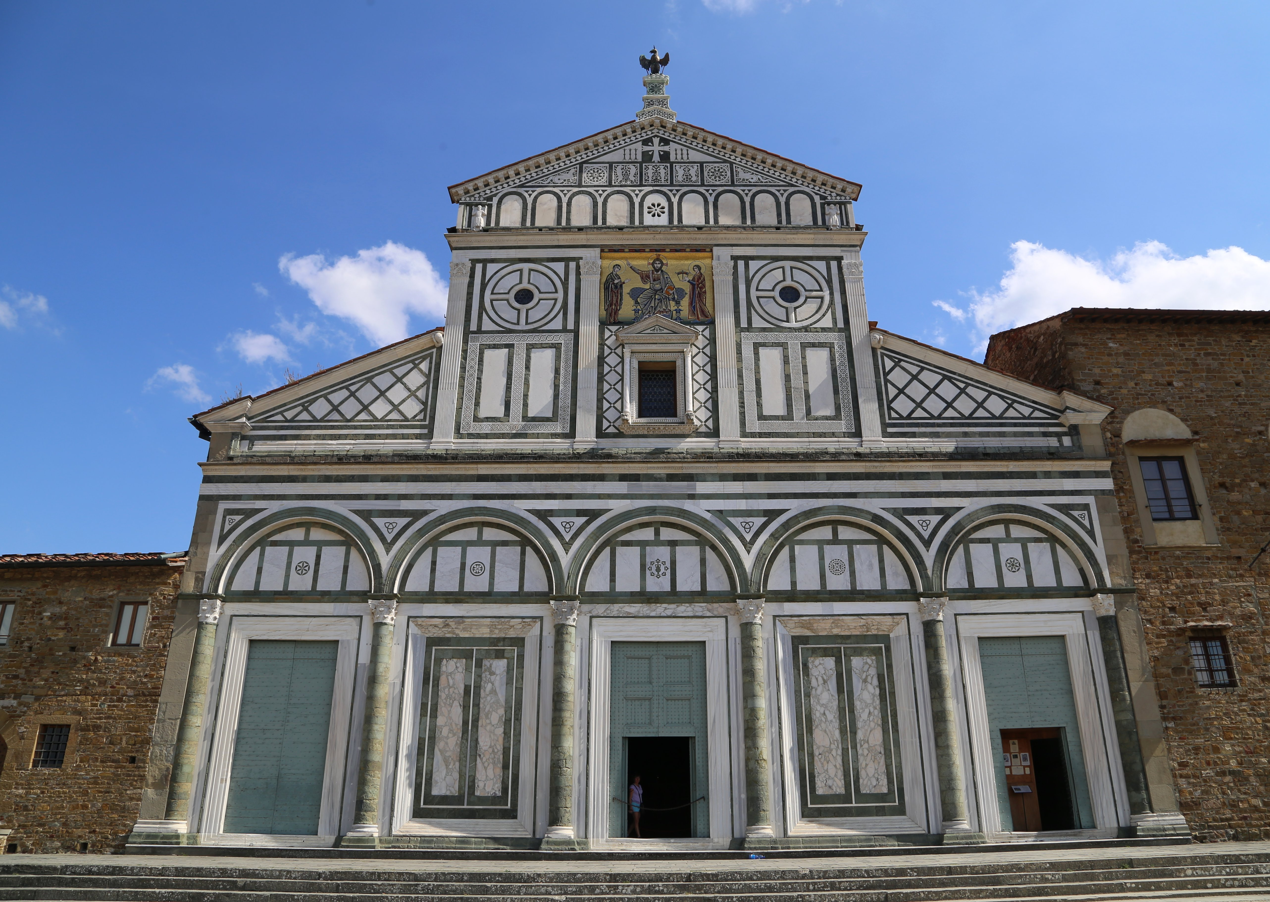 San Miniato al Monte Fassade Florenz-07.jpg