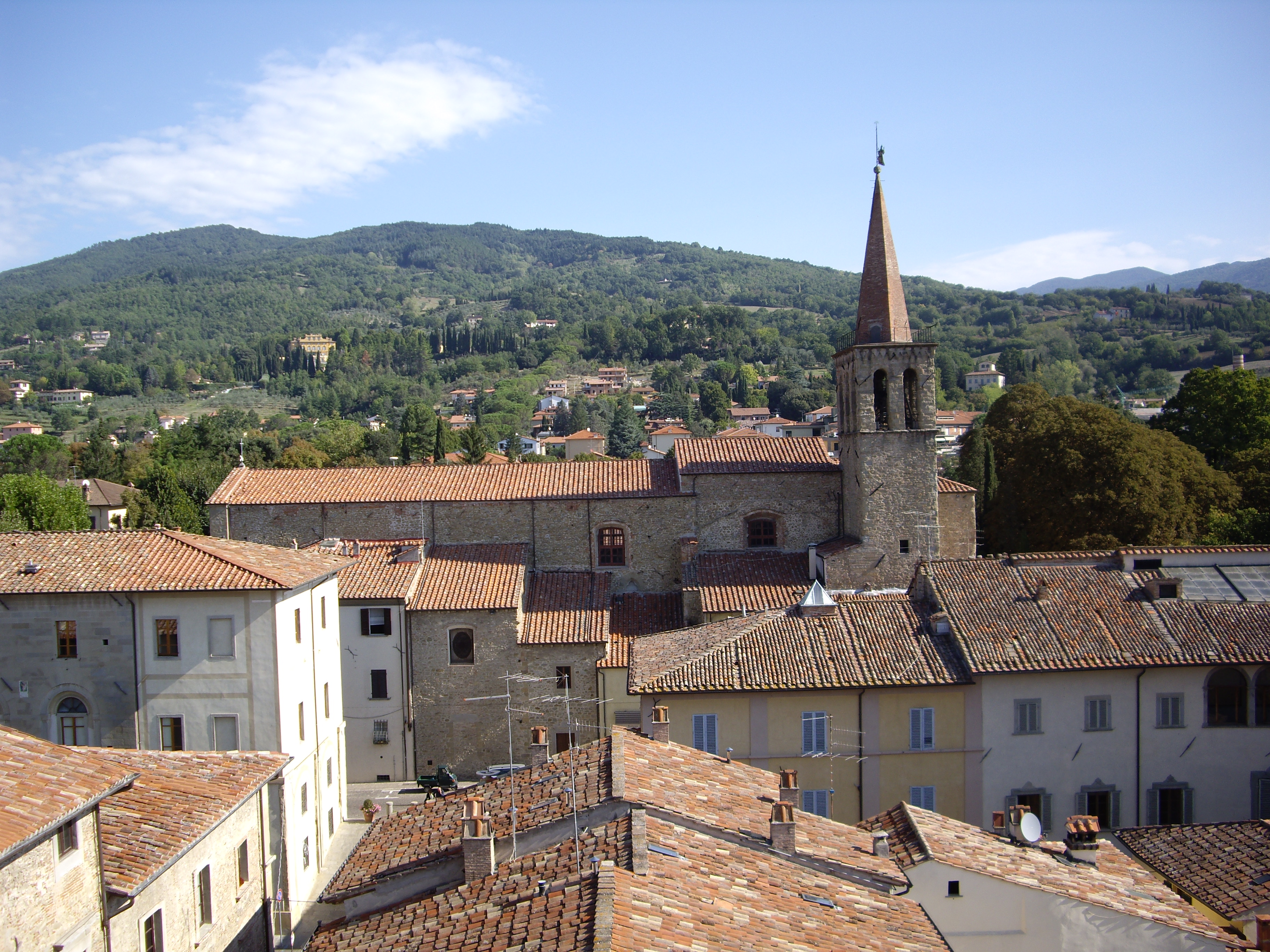 Sansepolcro Italy  City new picture : Sansepolcro roofs with church steeple Wikimedia Commons