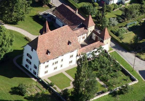 Schwarzenburg Castle