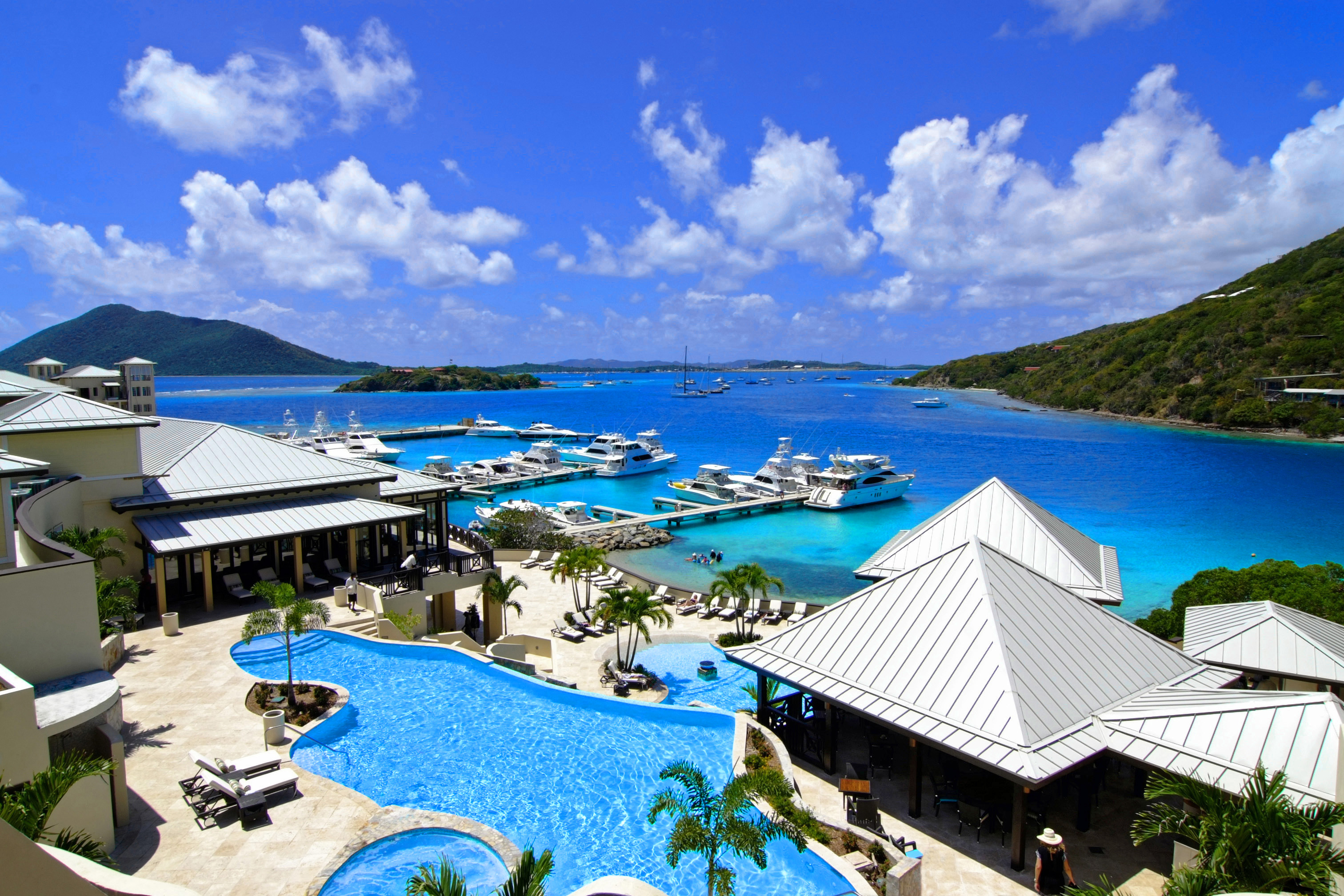 Hotels With Pools Ebex