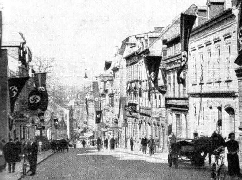 Ulice v Aši 13. září 1938.