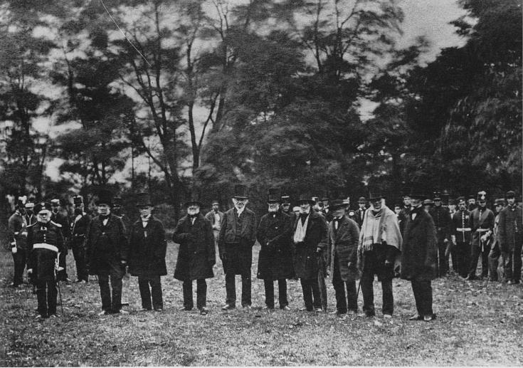 Description Survivors of the war of 1812.jpg: commons.wikimedia.org/wiki/File:Survivors_of_the_war_of_1812.jpg