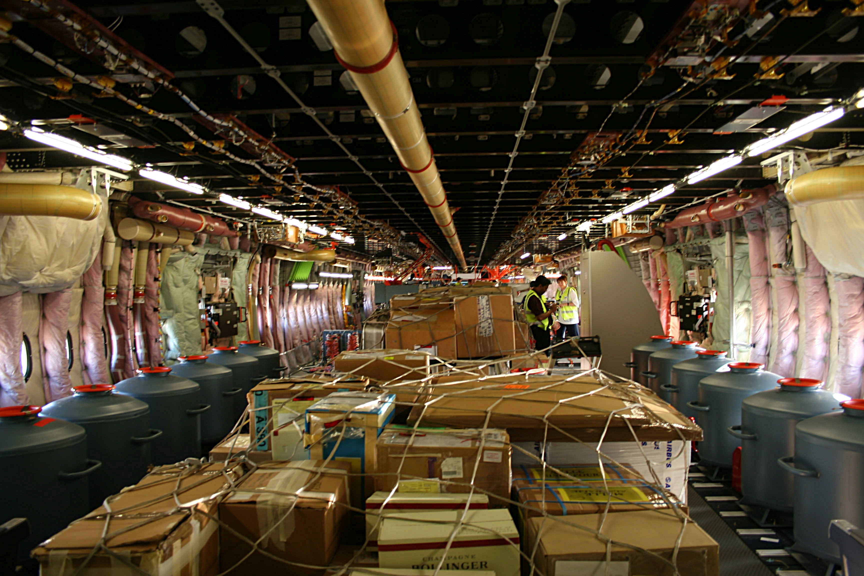 File Test A380 Lower Deck Jpg Wikimedia Commons