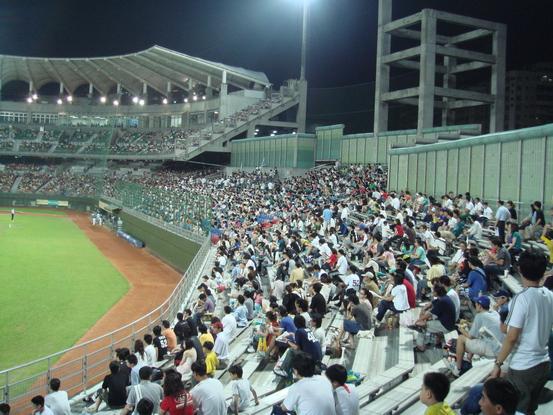 Tianmubaseballstadium01.jpg