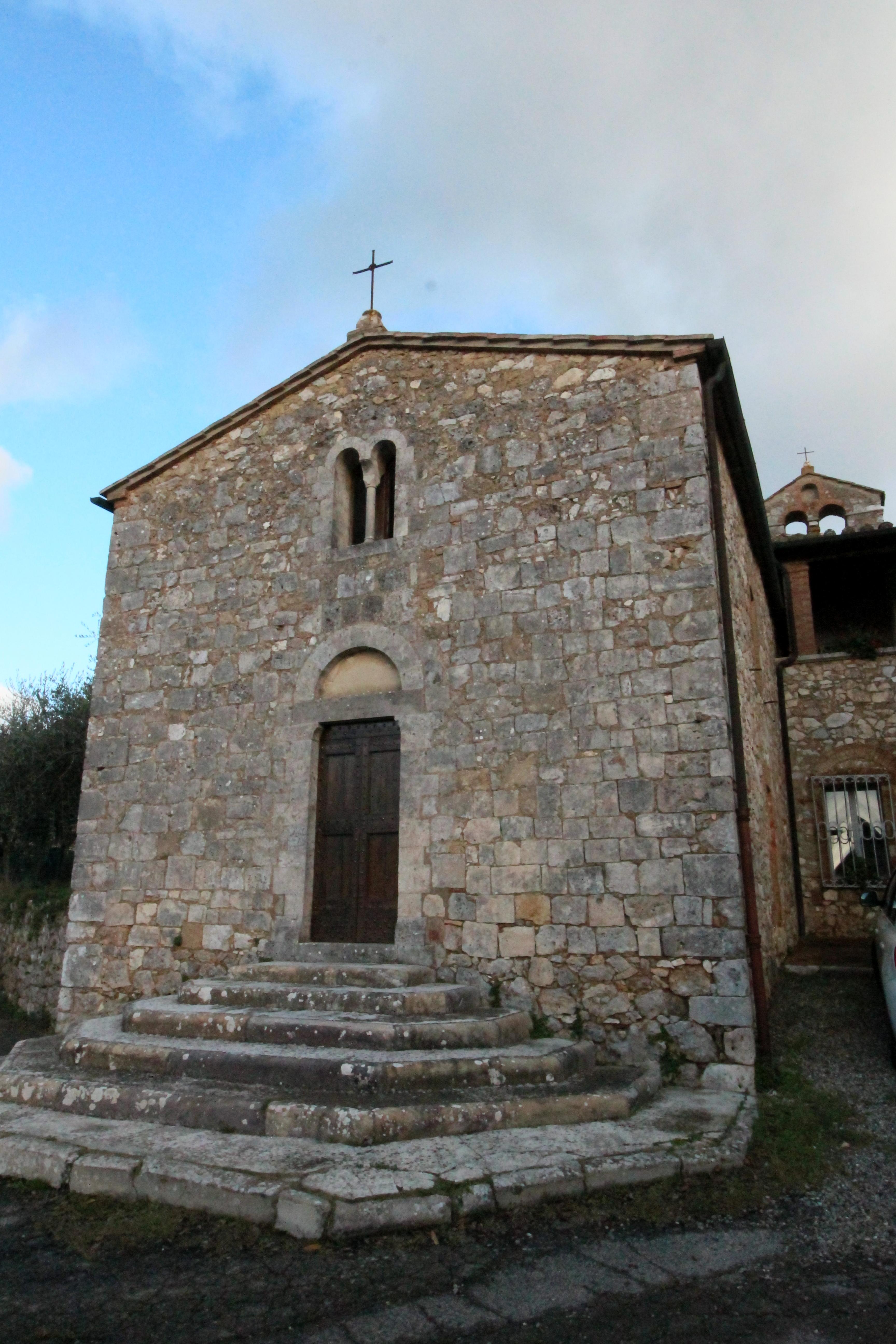 Podere San Bartolomeo Castagneto Carducci montagnola senese | chiesa di san bartolomeo a tonni